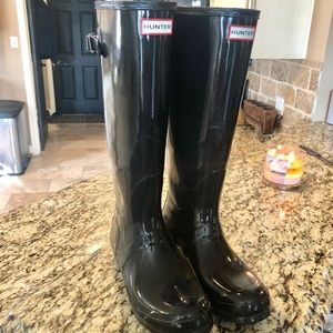 Wide Calf Hunter Rain Boots